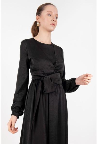 Loreen Kuşaklı Saten Elbise Astarsız Siyah -LRN22218