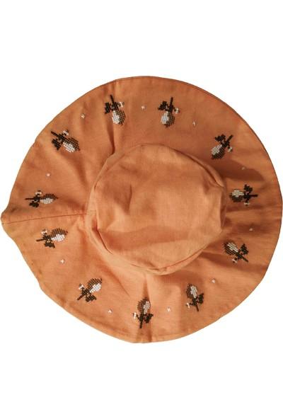 Bbx Kanaviçeli Şapkalı Şortlu Kız Bebek Takım