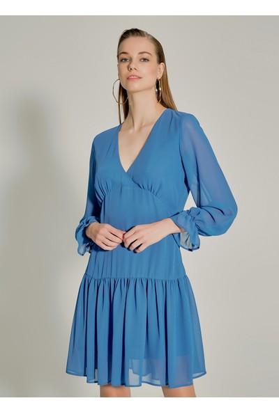 Ngstyle Kadın Volan Detaylı Mini Elbise
