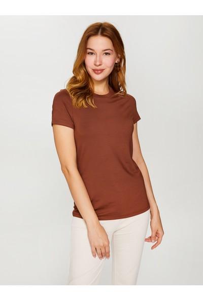 Faik Sönmez Yuvarlak Yaka Kısa Kol T-Shirt 60028