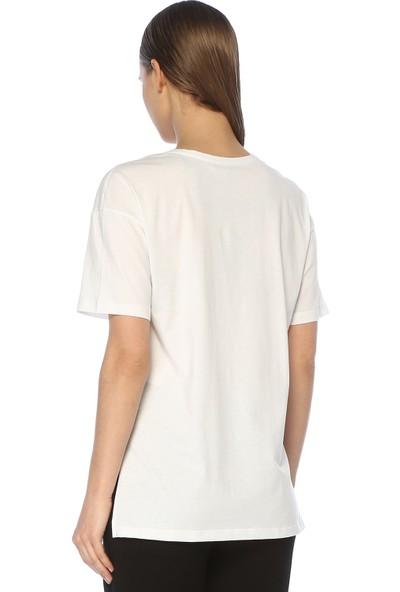 Network Kadın V Yaka Beyaz Tshirt