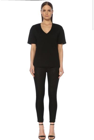 Network Kadın V Yaka Siyah Tshirt