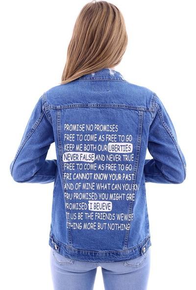 Poniba Kadın Mavi Sırt Yazılı Yırtık Denim Jeans Kot Ceket