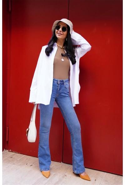 Seda Yalçın Atelier Beyaz Yırtmaçlı Boyfriend Poplin Gömlek