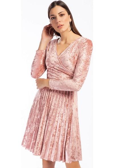 Cotton Mood 9391407 Kadife Eteği Pliseli Kruvaze Yaka Elbise Pudra