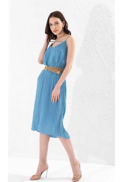 Setre Koyu Mavi İp Askılı V Yaka Kemerli Piliseli Diz Altı Boy Elbise