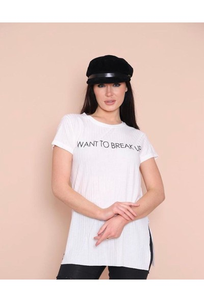 Dnz Yazı Baskılı Yırtmaçlı Beyaz T-Shirt