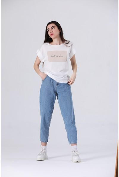 Canela Baskılı Beyaz Tshirt