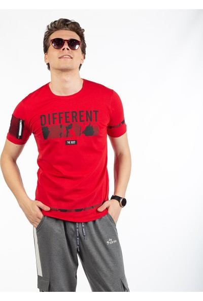 Bysorex O Yaka Different Baskili T-Shirt- Kirmizi