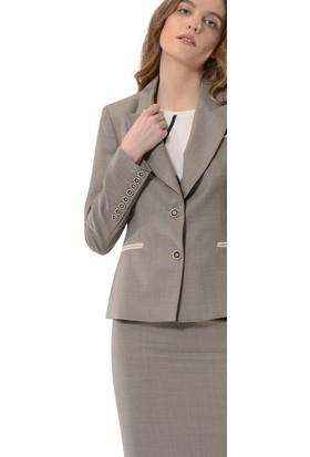 Birelin Düğme Detaylı Cepli Klasik Ceket