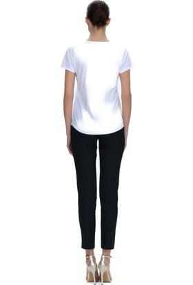 Demet Şener Bisiklet Yaka Beyaz T-Shirt