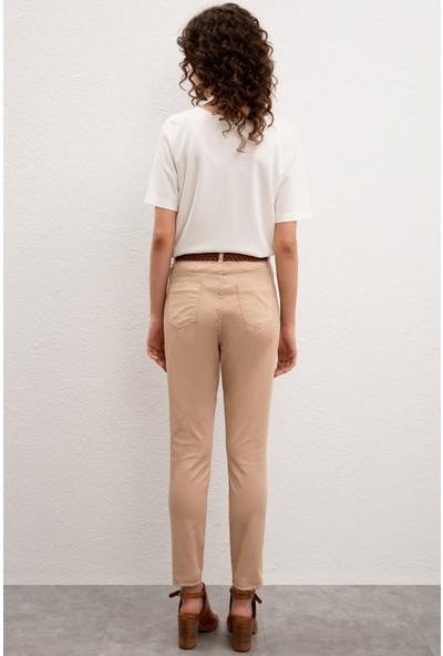 U.S. Polo Assn. Kadın Beyaz Spor Pantolon 50222842-VR085
