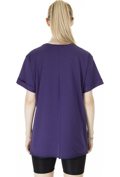 Lela Bisiklet Yaka Yırtmaç Detaylı T-Shirt Kadın T-Shirt 5411068