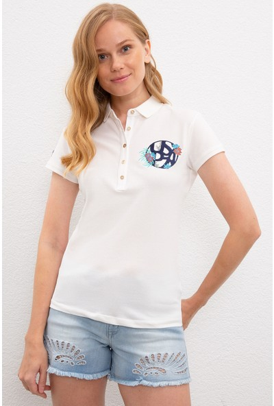 U.S. Polo Assn. Kadın Beyaz T-Shirt 50220589-Vr184