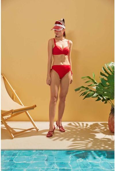 Sunlife Kırmızı İnce Bağcıklı Draplei Bikini