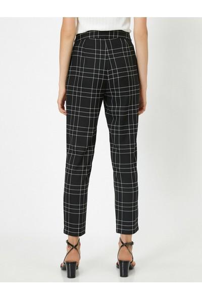 Koton Kadın Kare Desenli Pantolon