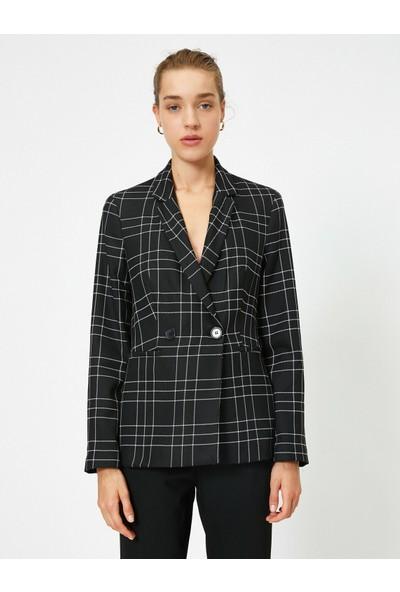 Koton Kadın Kareli Kruvaze Blazer Ceket