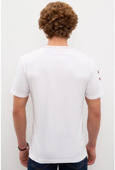 U.S. Polo Assn. Erkek T-Shirt 50220548-VR013