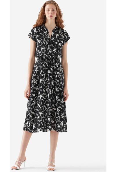 Mavi Kısa Kollu Sarmaşık Baskılı Elbise