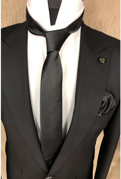 Quesste Düz Saten İnce Mendilli Kravat Siyah 6 cm