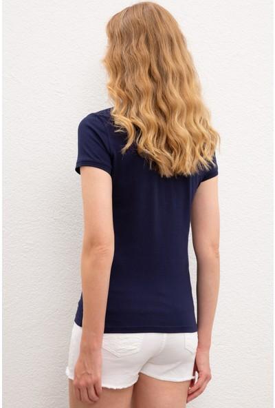 U.S. Polo Assn. Kadın T-Shirt Basic 50222743-VR033