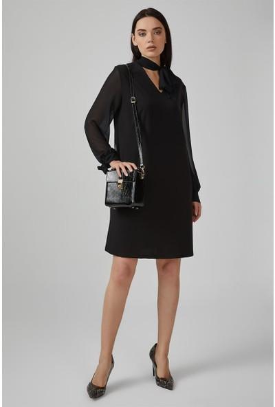 Gusto Boyundan Bağlı Kolları Şifon Rahat Kesim Elbise - Siyah