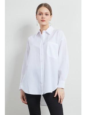 Pera Club Boyfriend Cep Detaylı Beyaz Gömlek