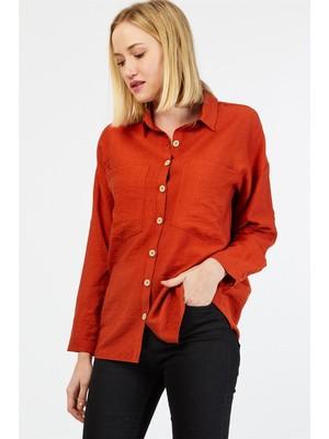 Pera Club Tahta Düğmeli Çift Cep Detaylı Kiremit Gömlek
