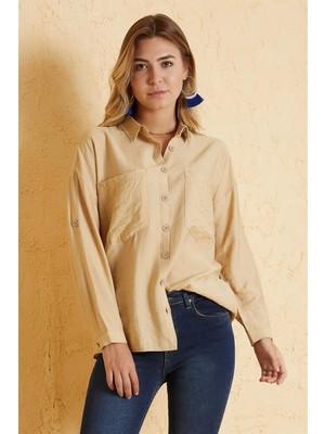 Pera Club Tahta Düğmeli Çift Cep Detaylı Gömlek