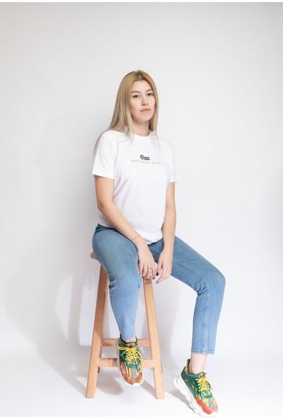 I And Basic Beyaz %100 Organik Pamuklu Basic Kadın Tişört / Om Santih S