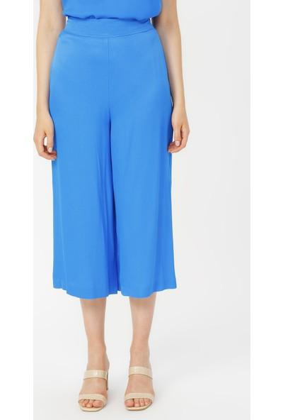 Random Yırtmaç Detaylı Bol Pantolon