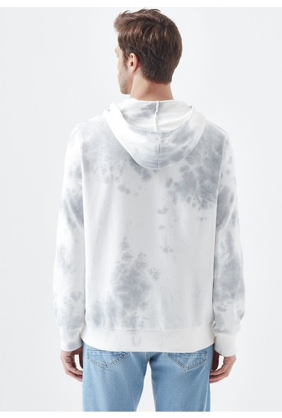 Mavi Erkek Kapüşonlu Batik Desenli Sweatshirt 066375-32158