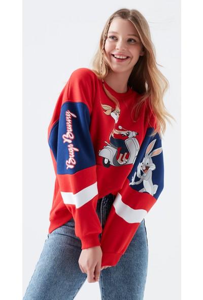 Mavi Kadın Bugs Bunny Baskılı Kırmızı Sweatshirt 1600432-29579