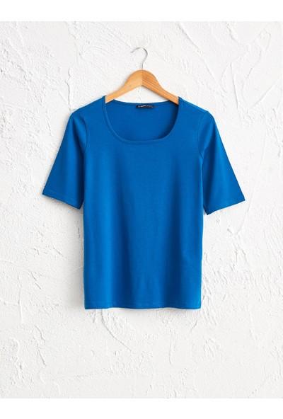 LC Waikiki Kare Yaka Kadın T-Shirt