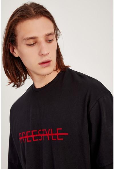 Manche Siyah Kirmizi Baskılı Oversize T-Shirt Me20S214835