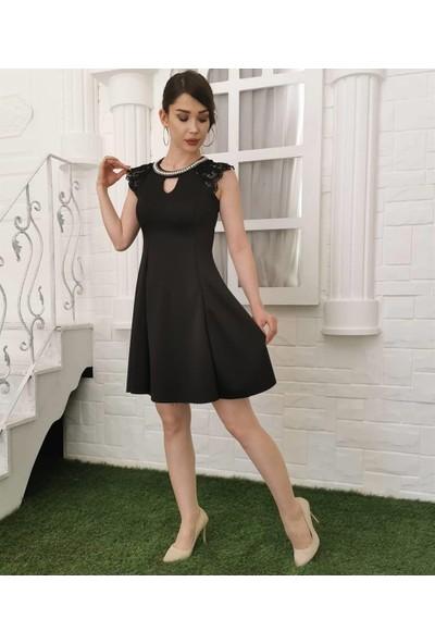 Gossip Yaka Inci Detay Sıfır Kol Kısa Elbise - Siyah