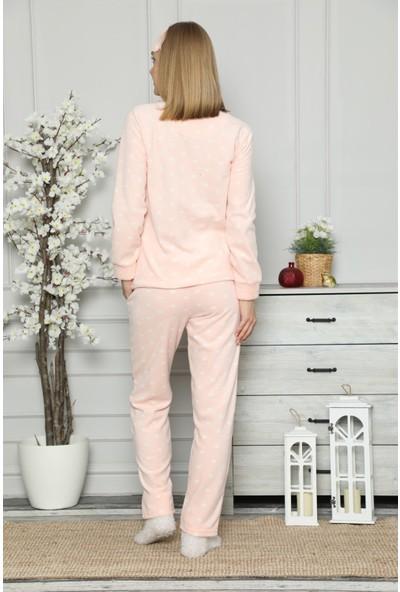 Arcankumaş Pelüş Göz Bandı ve Çorap Kalp Nakışlı Pijama Takımı