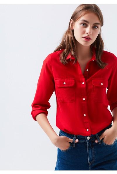 Mavi Cepli Kırmızı Gömlek 122323-29723