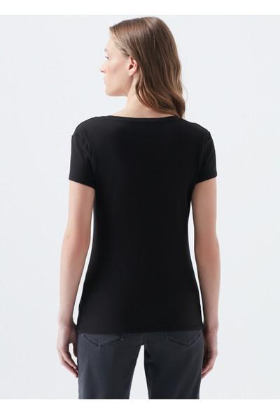 V Yaka Siyah Basic Tişört 162769-900