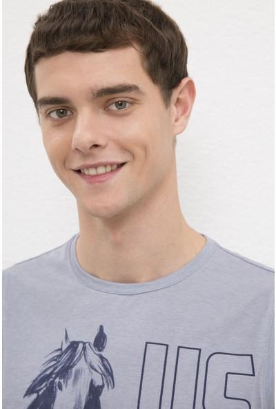 U.S. Polo Assn. Erkek Gri T-Shirt 50219246-VR024
