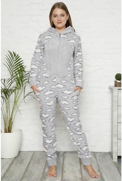 Pijama Evi Bulut Desenli Kadın Polar Peluş Tulum Pijama Takımı