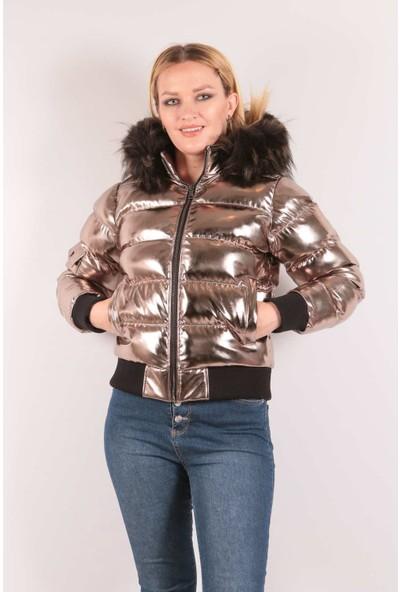 Redpoint Suni Deri (Faux Leather) Parlak Kapşonlu Şişme Mont Platin S