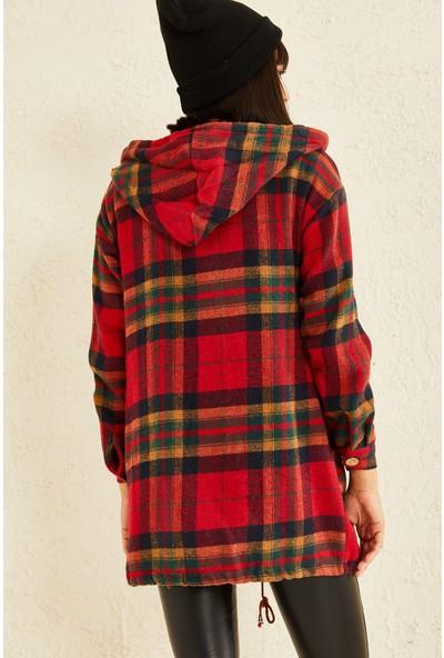 Elvin Moda Çift Cepli Kapüşonlu Oduncu Gömlek