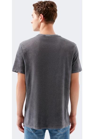 Mavi Kiss Baskılı Siyah Tişört 066462-900
