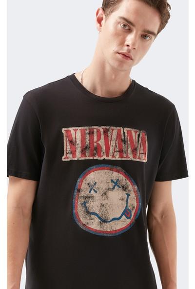 Mavi Nirvana Baskılı Siyah Tişört 066531-900