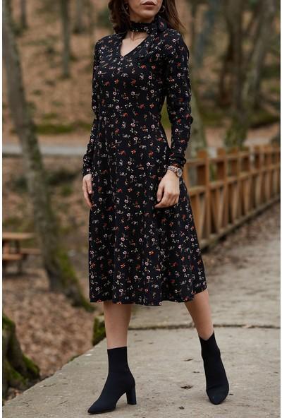 Xhan Yakası Bağlamalı Çiçek Desenli Elbise 9YXK6-41728-02