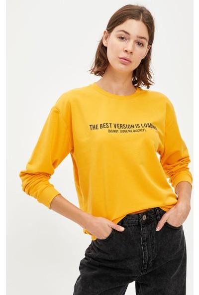 Defacto Kadın Baskılı Bisiklet Yaka Regular Fit Sweatshirt
