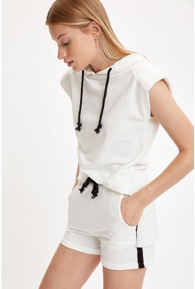 DeFacto Relax Fit Örme Kolsuz Tişört ve Mini Şort Takım S8973AZ20HS