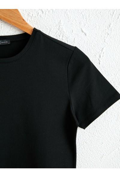 LC Waikiki Kadın Bisiklet Yaka T-Shirt
