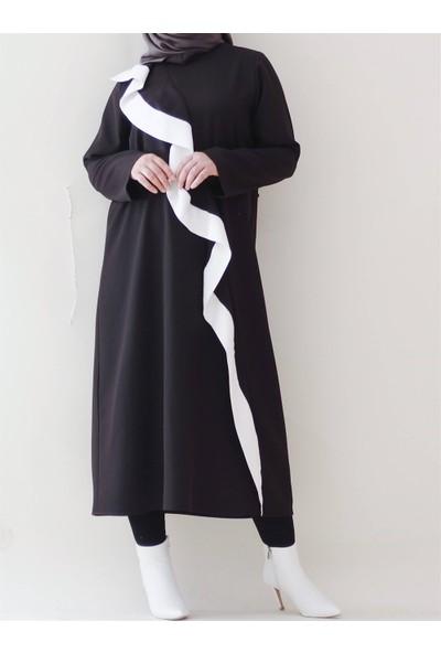 Sümeyra Küçükşahin Siyah Volanlı Tunik